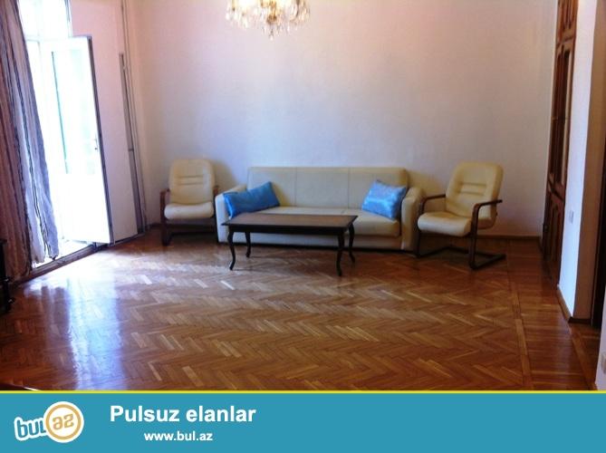 Cдается 2-х комнатная квартира в центре города,рядом с метро Ичеришехер ...