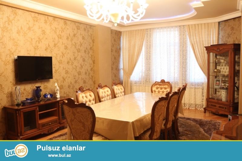 QAZLI YENİ TİKİLİ!!! Yasamal rayonu, Kaktus restoranı yaxınlığında 7/16 ümumi sahəsi 138 kv...