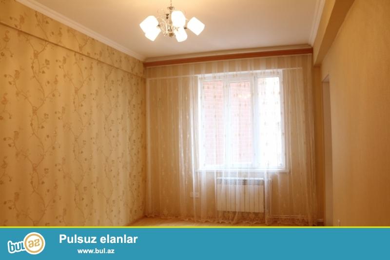 QAZLI YENİ TİKİLİ!!!! Nəsimi rayonu, 4 mkr, Qızıl Tac şadlıq evi yaxınlığında 4/13 ümumi sahəsi 50 kv...