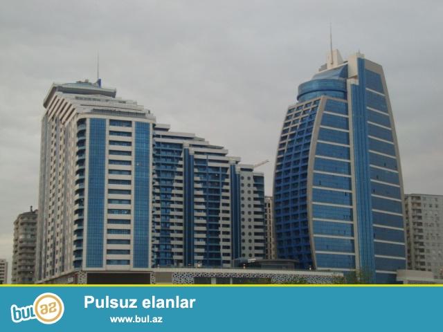 """В новопостроенном здание """"Yeni Hayat"""" корпус """"Бизнес Центр Azure"""", предлагается офисное помещение 389 кв..."""