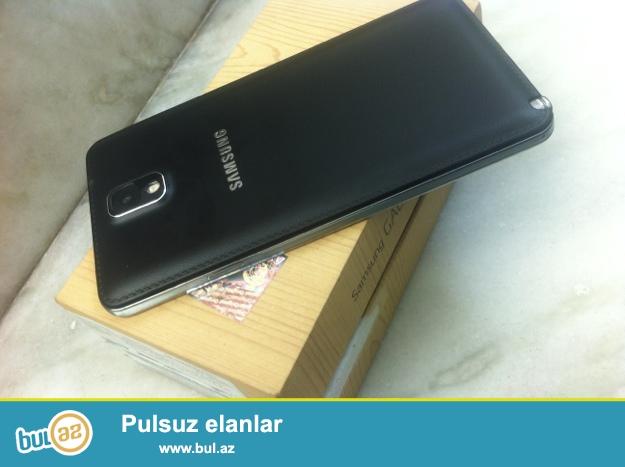 Samsung Galaxy Note 3 ag ve qara rengleri var. qutulari var aksesuarlari var...