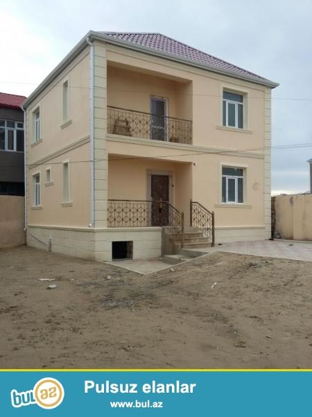 MUSA Masazır qəsəbəsində 169  nömrəli avtobus dayanacağından 50 metr məsafədə 4 sot torpaq sahəsində  ümumi sahəsi 150 kv...