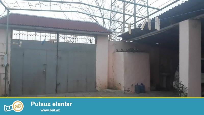 """Только после ремонта!Продается частный дом в Хазарском районе, в поселке Шувалан, рядом со стадионом """"Азал""""..."""