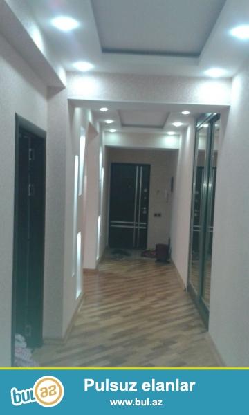 Очень срочно! Продается  3-х комнатная  квартира нового строения  площадью 110 квадрат расположенная  в Хырдалане около Icra Hakimiyyeti ...
