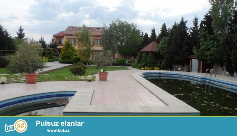 Срочно! Сдается в аренду дома в одном дворе, в поселке Мардакан, напротив Гоша Гала, расположенная на 24 сотки земли...
