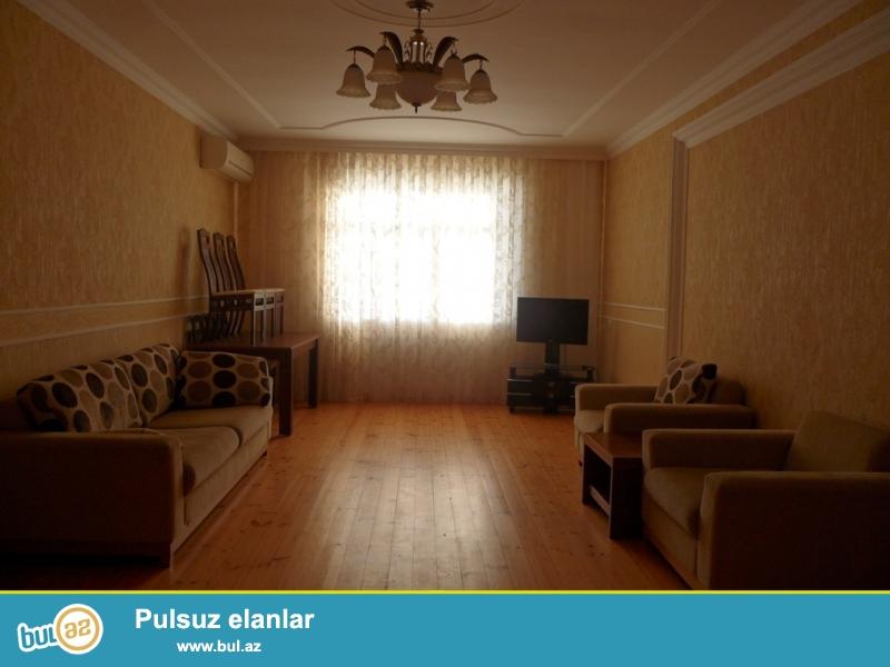 Около пам. А. Султанова сдаётся 2-х комнатная квартира...
