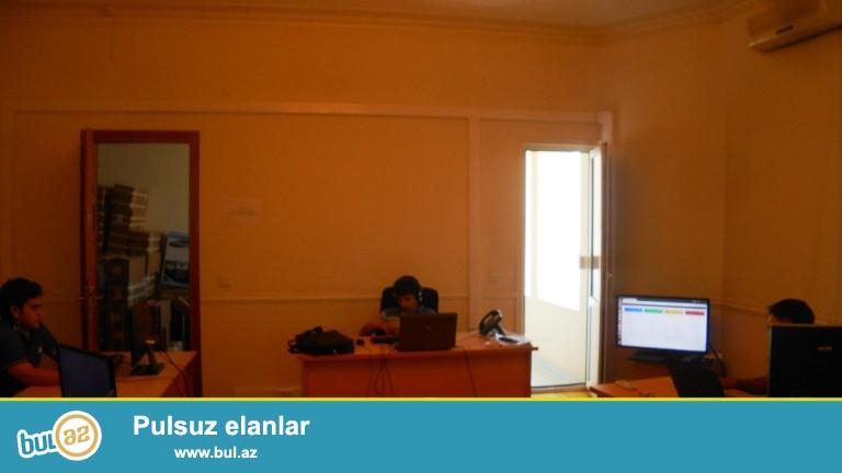 Сдается готовый 4-х комнатный офис в бизнес центре в центре города, по проспекту Г...