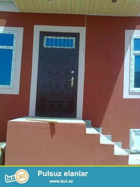 Qaradag rn.lökbatan qəsəbəsi 1-ci massivdə 3-otaqlı kürsülü,paket  krişalı  şəxsi həyət evi satılır ...