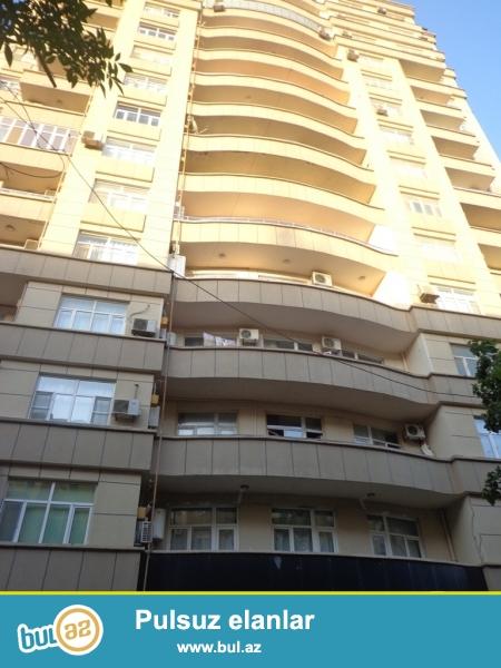 Сдаётся 3-х комнатная квартира около парка Мусабекова...