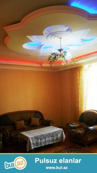 Cдается 3-х комнатная квартира в центре города,по проспекту Азадлыг, рядом с Насиминской Исполнительной Властью ...