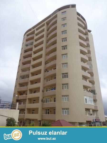 Сдается 4-х комн. квартира в новостройке около памятника Нариманова...