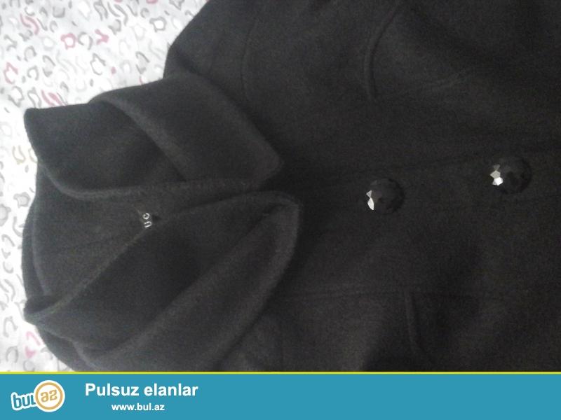 Sələmu akeykum.Palto bu qış alınıb.Hicablı müsəlman bacı geyinib lakin toplam 10-15 dəfə...