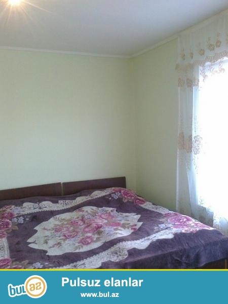 <br /> Очень срочно в дачных участках посёлка  Новханы  продаётся 2-х комнатный 1-но этажный  частный дом  нового строения...