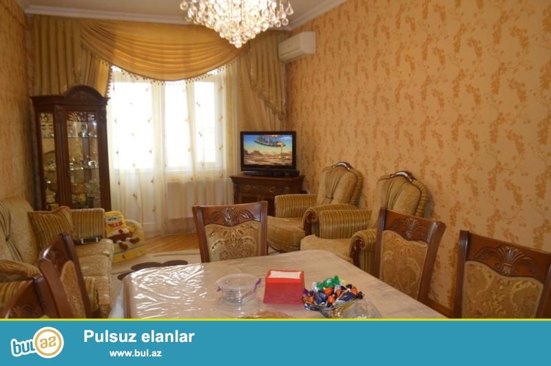 KUPÇALI YENİ TİKİLİ!!! Binəqədi rayonu, 8 mkr, A...