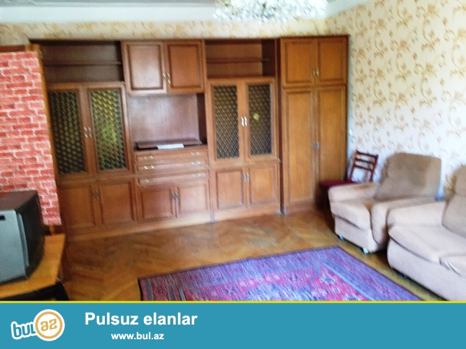 """Cдается 3-х комнатная квартира в Ясамальском районе, рядом с телеканалом """"Лидер""""..."""