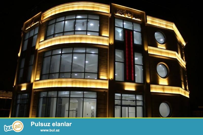 Bakı Aeroport yolunda Aviasiya Akademiyasının yanında, 1000 kvm çıxarışlı obyekt satılır- 1...
