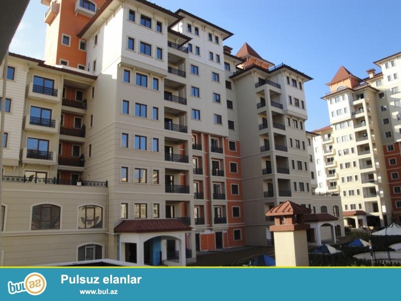 """По улице Бакиханова в престижном комплексе """"Roseville"""" сдаётся 2-х комнатная квартира..."""