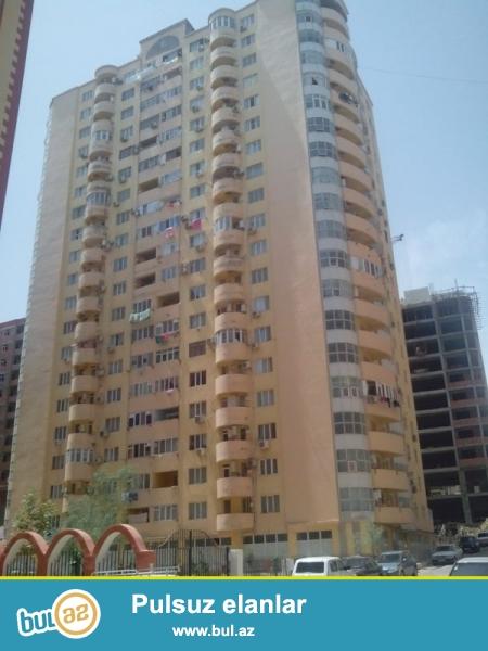 Продается 2-х комнатная квартира, на Ени Ясамале, конечная остановка маршрутки № 77, заселенная новостройка, 9/20, общая площадь 70 кв...