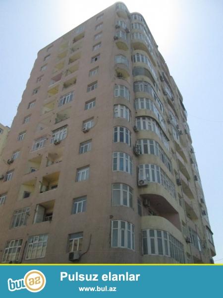 Около посольства США сдается 3-х комнатная квартира...