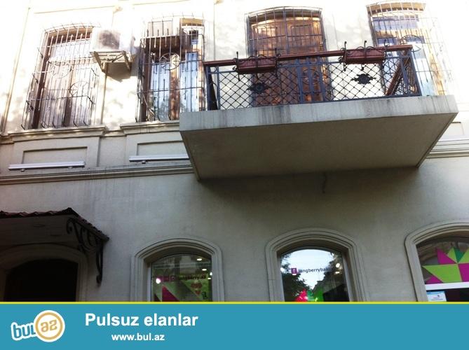 Cдается 3-х комнатная квартира в центре города,по улице Р...