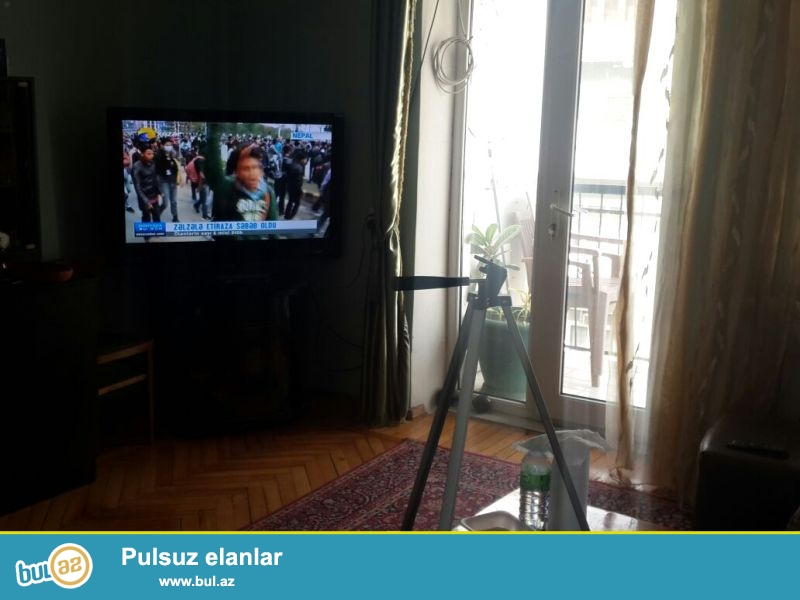 Satılır:  2 otaqlı  mənzil, 4/4<br /> Yerleşir:  Bakı, Sabail rayonu , Sahil metro, Nefçilər pr...