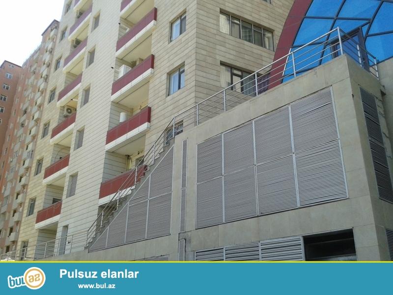 Продается 3-х комнатная квартира, по улице Папанина, около Нептун маркета, 18/19 этажной новостройки, общая площадь126 кв...