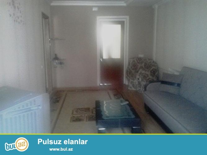 """Cдается 2-х комнатная квартира в центре города,по проспекту Азадлыг, рядом с кинотеатром """"Дружба""""..."""