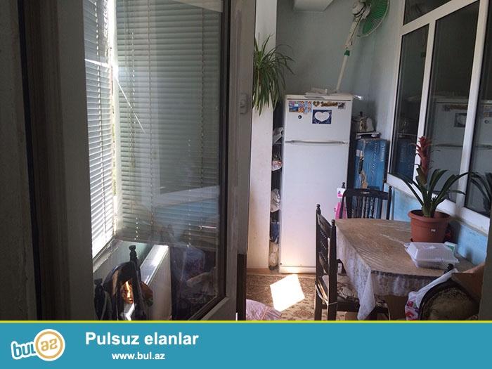 Продается 1 комнатная квартира (переделанная в 2) на улице Оруджа Алиева на Нариманова...