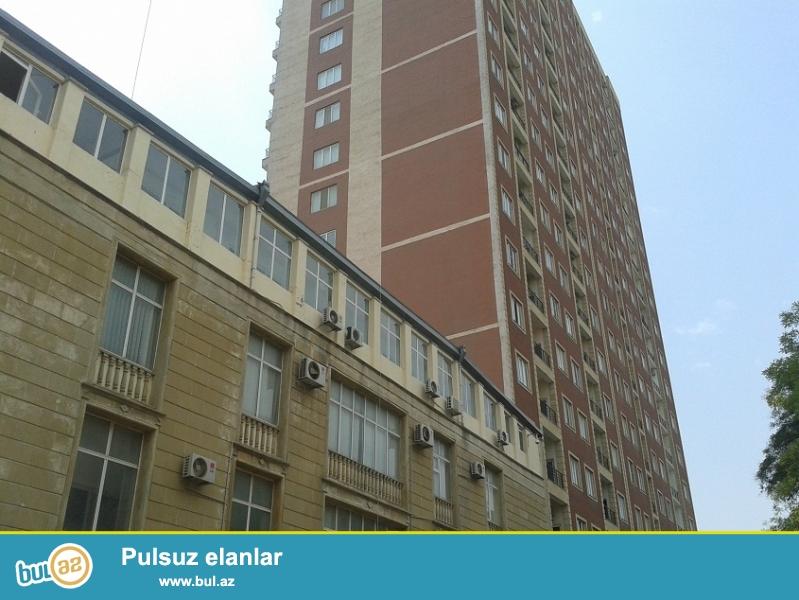 Около посольства  США  сдаётся 3-х комнатная квартира с отличном ремонтом...