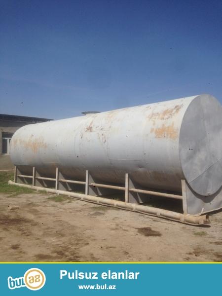 50 tonluq su ceni.icerisi emalirovnudur. 2 ededdir
