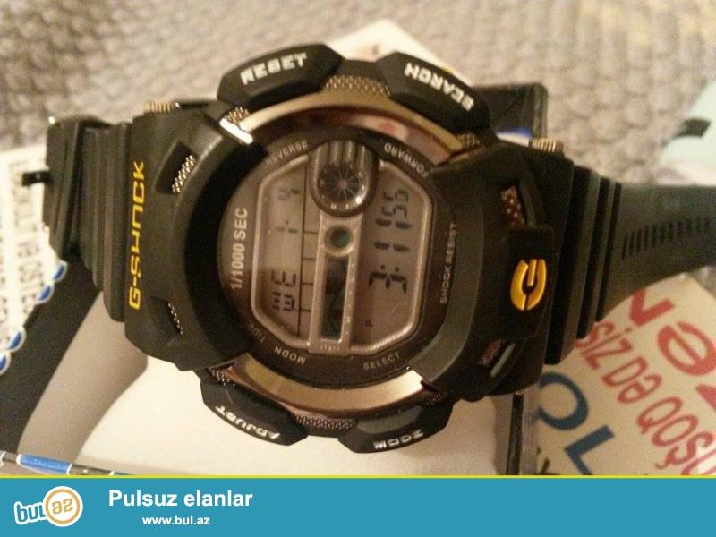 Casio G-shock:Bütünlükle rezin,suya ve zerbeye davamlı...