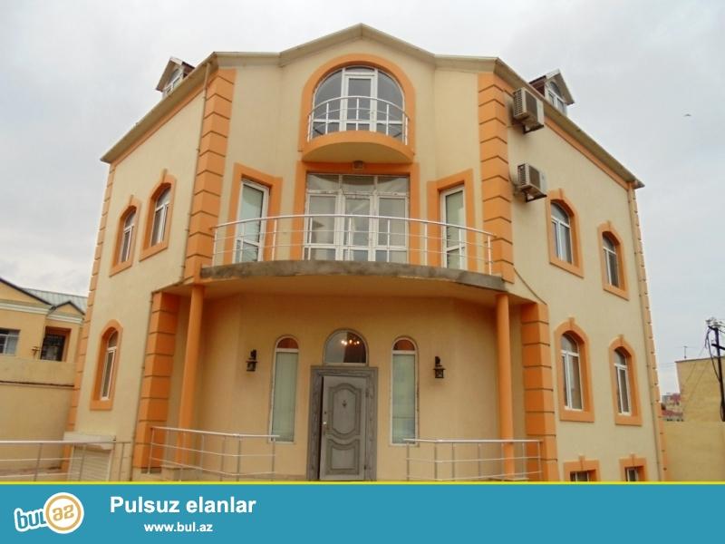 **РУФАТ*АЙНУР**   Сдается   3-х   этажный новопостроенный   особняк   в   Патамдаре,   возле Гелин  Гая,   420   кв...