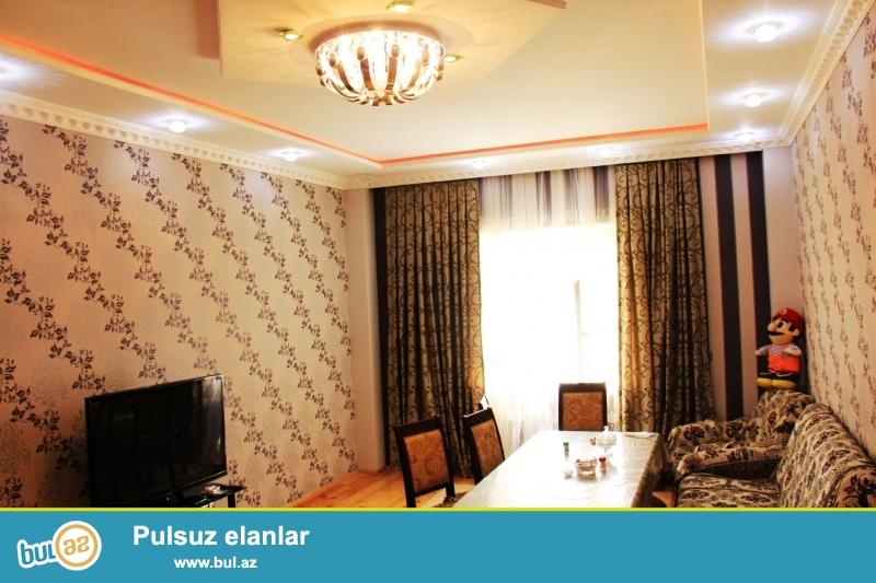 Sumqayıt şəhəri 22 mkr ərazisində 5 otaqli ela temirli ev satilir...