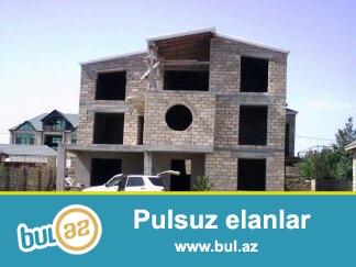 <br /> Очень срочно! В поселке Дюбенди продается 3-х этажный дом площадью 450 кв на 10 сотках в 200 метрах от моря...
