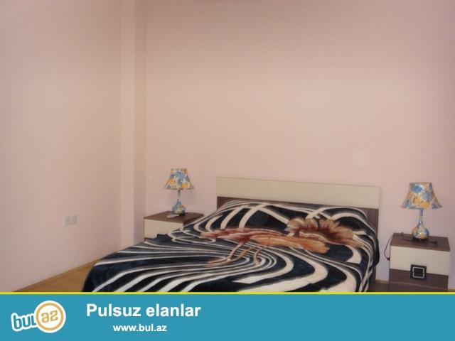 Около м.Сахил сдается 4 ком квартира , светлый и уютные комнаты, есть вся мебель для комфортного проживания...