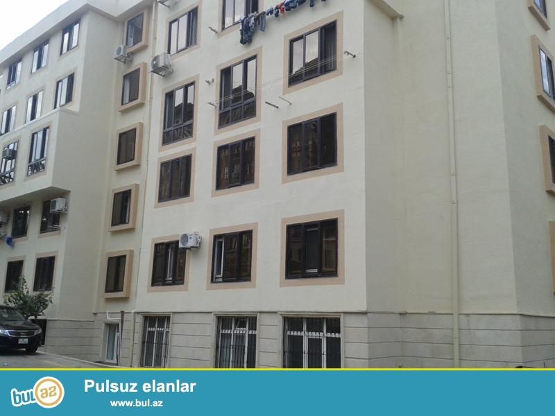 Продается 2-х комнатная квартира, 3/5 этажного здания, по улице Дж...