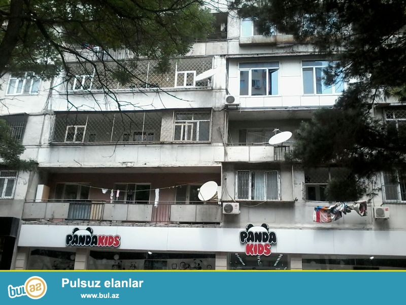 Срочно!!! Продается 3-х комнатная квартира, недалеко от «ЧУДО ПЕЧКИ», 8 МКР, по улице Дж...