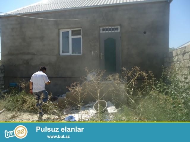 Ramin Sabunçu rayonu Ramana Savxozu  Dispeçerə yaxın  ərazidə 2 sot torpaq sahəsində 6 daş kürsülü ümumi sahəsi  90 kv...