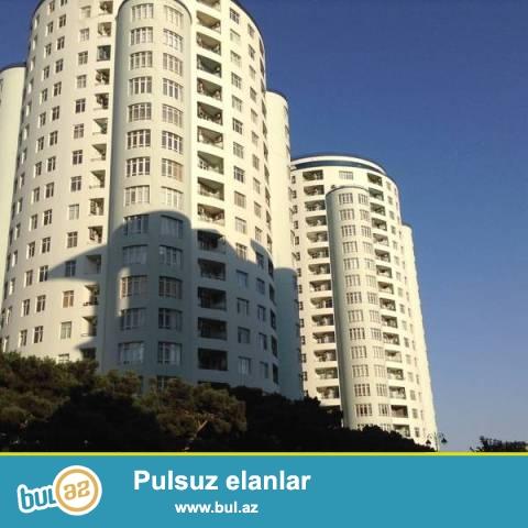 "Насиминский район, напротив ""Təzə Bazarı"" в полностью заселённой новостройке сдаётся 3-х комнатная квартира..."