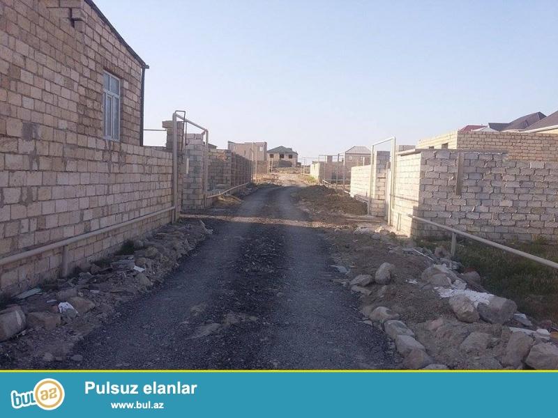 Təcili !!! Abşeron rayonu Masazır kəndində (142, 169  nömrəli avtobusların son dayanacağına yaxınlıqda) 2 sot  eni 13...