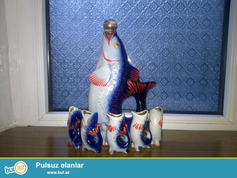 Suvenir balıqlar satılır.Qırığı yoxdur və əla vəziyyətdədir.