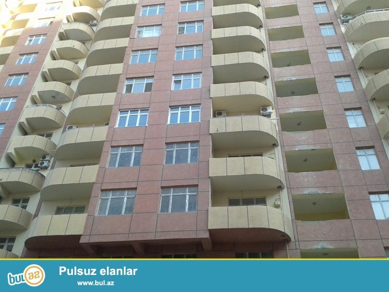 Продается 4-х комнатная квартира, по улице Бакиханова, около зоопарка, 12/21 этажной новостройки, общая площадь 197 кв...
