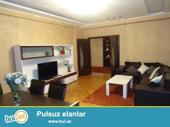 """Эксклюзив!!! Сдается в заселенном Комплексе """"Азери Иншаат """"                                       4 комнатная квартира с отличным ремонтом, с  всей мебелью и  оборудованием..."""