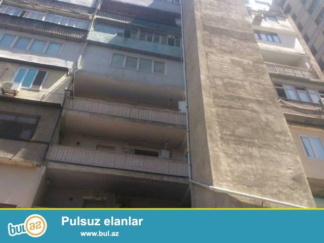 Ясамальский район, около метро Элимляр Академиясы сдаётся  3-х комнатная квартира...