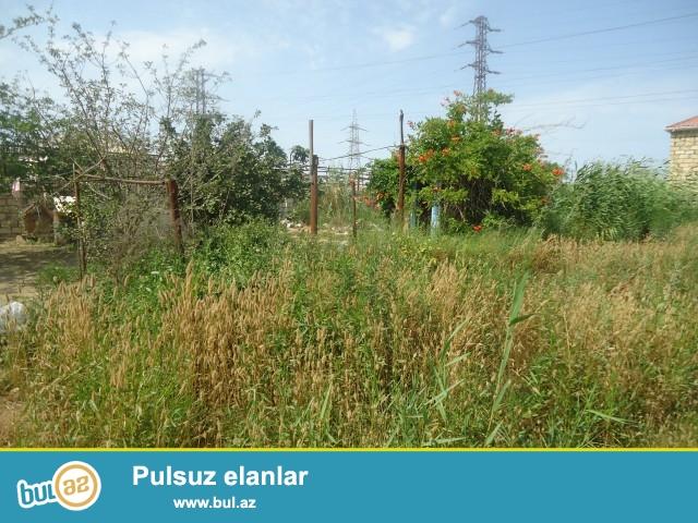 MALiK Sabunçu rayonu, Zabrat 2 qəsəbəsi  dəmir yoluna yaxın ərazidə 2 sot torpaq sahəsi təcili satılır...