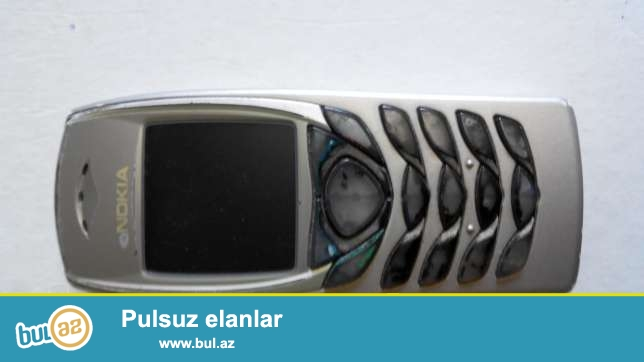 2004cu ilindi ekraninda leke var bilinmir, yaxwi veziyyetdedi