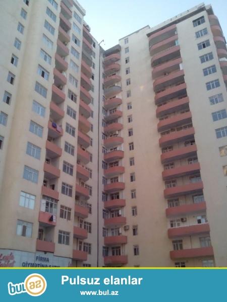Продается 2-х комнатная квартира переделанная в 3-х комнатную, Ени Ясамалы, по улице Асад Ахмедов, 9/17, «ДИЗАЙН МТК», общая площадь 120 кв...