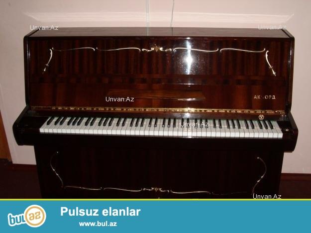 Akkord piano satilir. Yaxshi veziyyetdedir