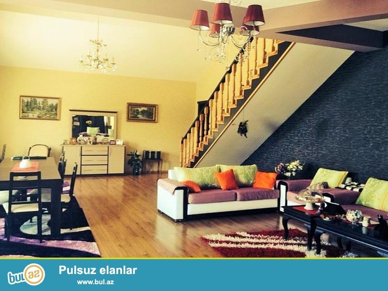 Срочно! В Шуваланах-Грес  cдаётся ново построенная с ремонтом в стиле хай тек  в 12 сотках, 2 этажная, площадью 350 квадрат  7-х комнатная дача со встроенной кухонной мебелью...