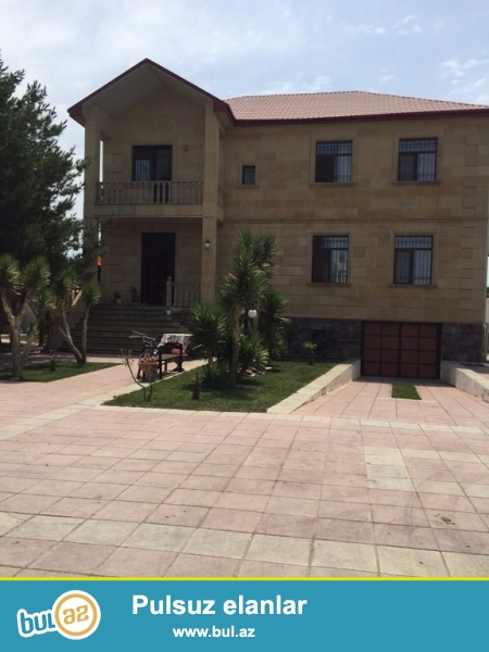 Для  солидных клиентов! В поселке Пиршаги в очень элитном участке , рядом  с морем , продается  2-х этажный особняк ...